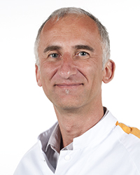 Contactpersoon is R.A.J.M. Willems, medisch manager
